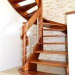 Jakie schody wybrać do wnętrza w stylu klasycznym?